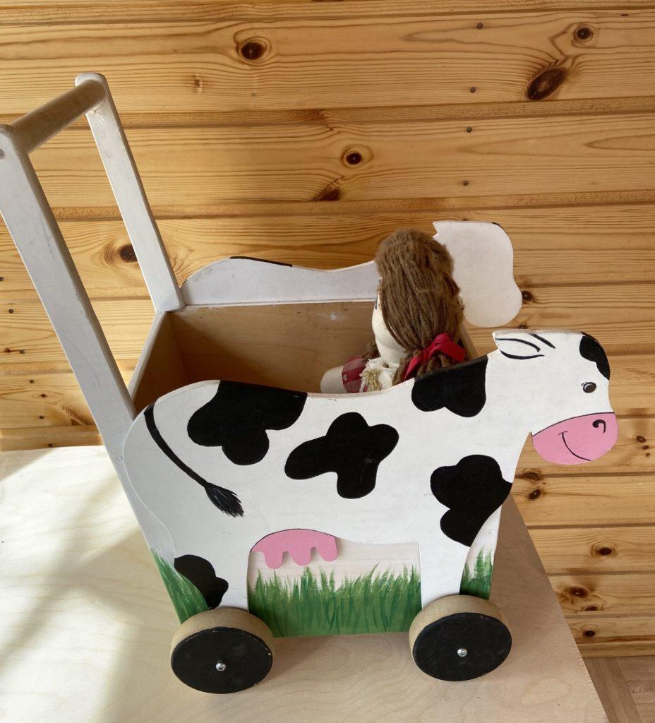 lehmäkärryt